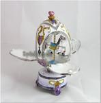 Schmuck- Ei nach Faberge Art mit Karussellpferd und Spieluhr