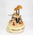 Erzgebirgische Spieldose Christi Geburt I natur mit Spieluhr