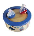 Tanzende Segelboote mit Spieluhr